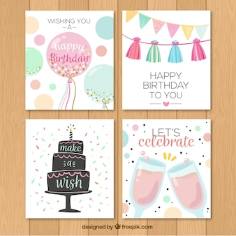 Bloco de quatro cartões de feliz aniversário no estilo retro