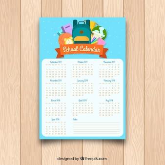 Calendário escolar com mochila e outros elementos em design plano