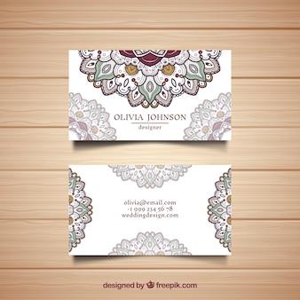 Cartão corporativo com mandalas desenhados a mão
