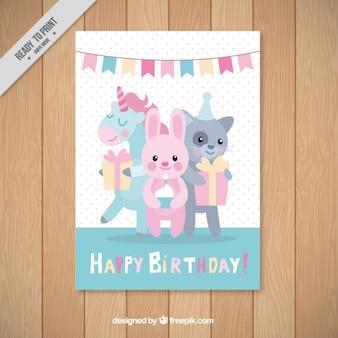 Cartão de aniversário com animais bonitos