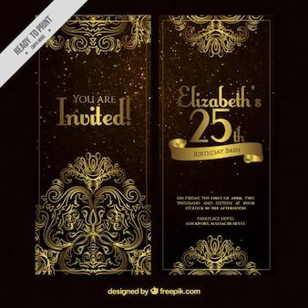 Cartão de aniversário ornamental floral dourado