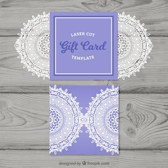 Cartão de presente decorativo bonito