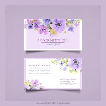 Cartão de visita com belas flores de aguarela