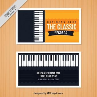 Cartão de visita com um piano para um estúdio de música