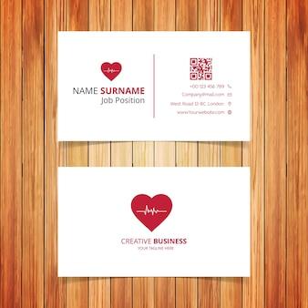 Cartão de visita de coração vermelho