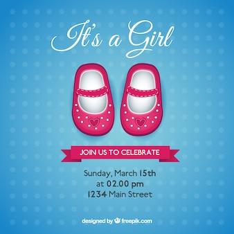 Cartão do chuveiro de bebê com sapatos cor de rosa