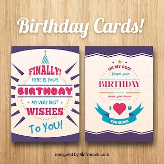 Cartões de aniversário em design plano