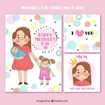 Cartões do dia de mãe bonito no estilo desenhado mão