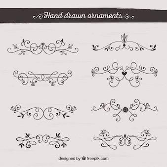 Coleção de ornamentos desenhados a mão