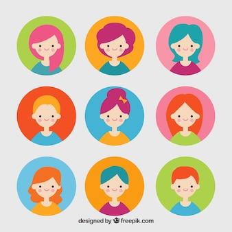 Conjunto colorido de avatares femininas