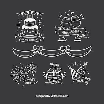 Conjunto de elementos de aniversário desenhados à mão