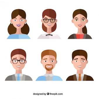 Conjunto de pessoas avatar no design plano