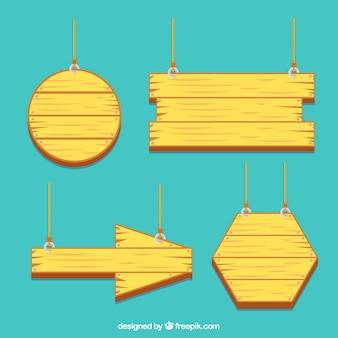 Conjunto de quatro cartazes de madeira em forma plana