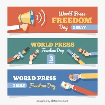 Conjunto de três bandeiras planas para o dia da liberdade de imprensa mundial
