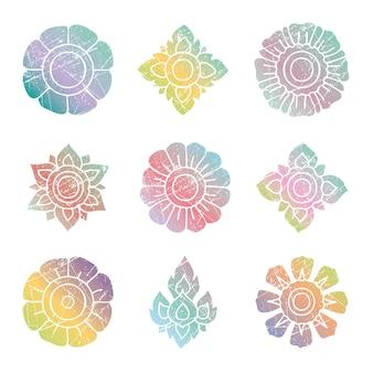 Conjunto de vetores grunge colorido tailandês floral