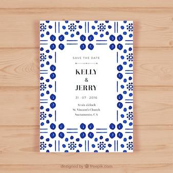 Convite do casamento com formas abstratas azuis