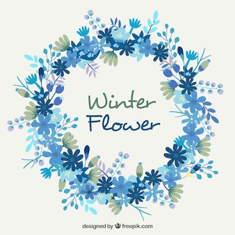 Coroa de flores bonita em tons azuis