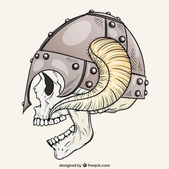 Crânio que veste um capacete com chifres