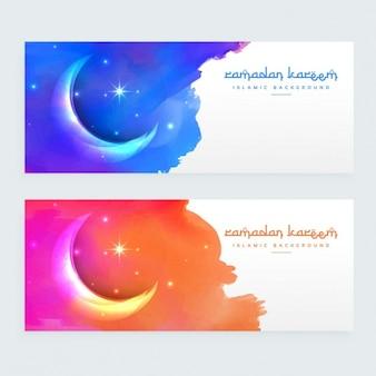 Design Lua bandeiras islâmicas criativas com tinta colorida