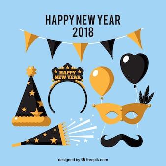 Elementos dourados do ano novo 2018 em design plano