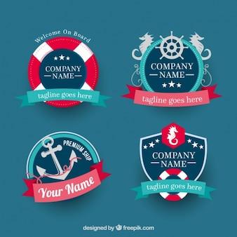 Emblemas náuticas fantásticas com fitas decorativas