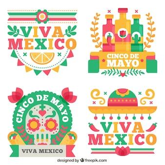 Etiquetas agradáveis da festividade mexicana no projeto liso