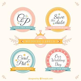Etiquetas do casamento arredondadas no estilo do vintage
