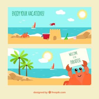 Flat banners de verão com caranguejo sorrindo caráter