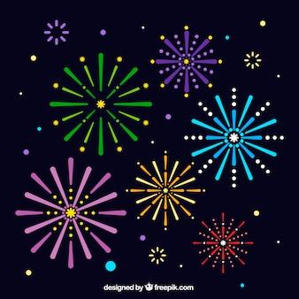Fundo colorido dos fogos de artifício no projeto liso