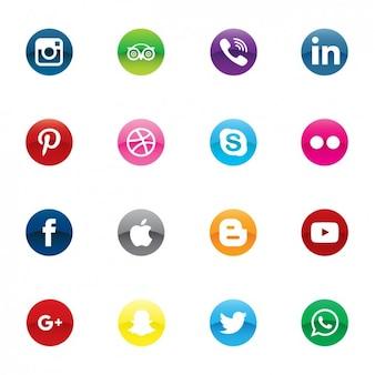Ícones coloridos de mídia social
