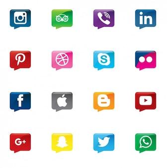 Ícones de mídia social em balões de fala