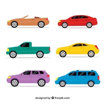 Jogo colorido de veículos no design plano
