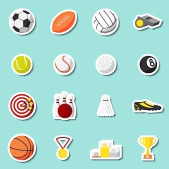 Jogo de adesivos esportivos de basqueteball de futebol e bolas de tenis ilustração vetorial isolada