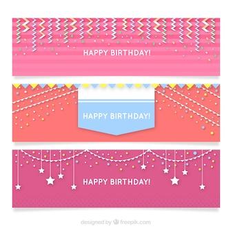 Jogo de bandeiras de feliz aniversário em tons de rosa