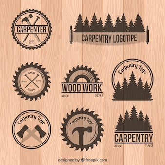Jogo de emblemas de carpintaria no estilo do vintage