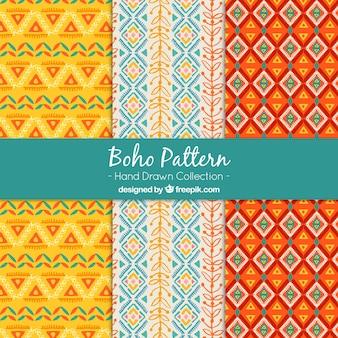 Jogo de três padrões boho com formas coloridas