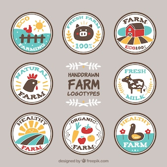 Lado engraçado desenhada logotipos fazenda circulares