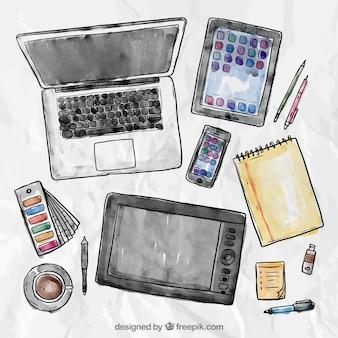 Laptop Tablet Smartphone e Ferramentas de redação