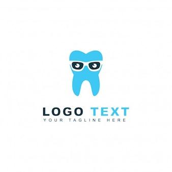 Logotipo dentista Nerd