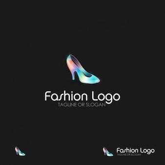Logotipo modelo de moda