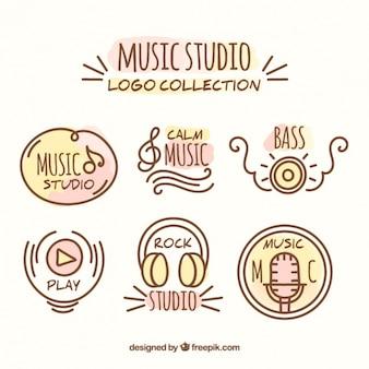 Logotipos do estúdio da música desenhados mão