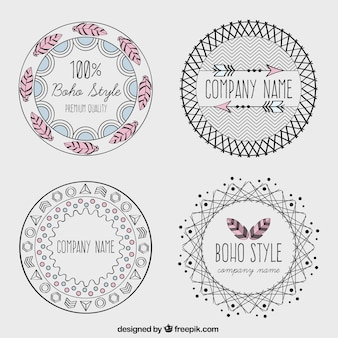 Logotipos estilo boho desenhados mão
