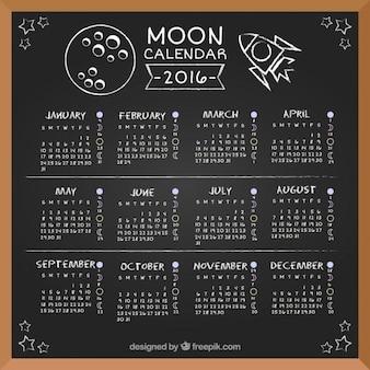 Lua calendário 2016 no quadro-negro