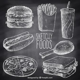 Mão variedade desenhada de fast food com giz