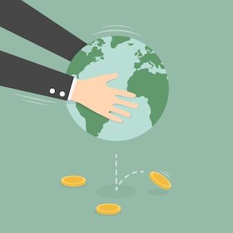 Mãos tremendo terra globo para ganhar dinheiro