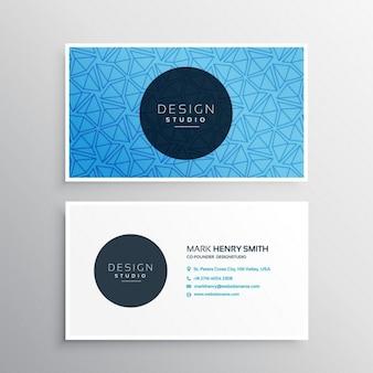 Modelo do cartão azul com padrões triângulo