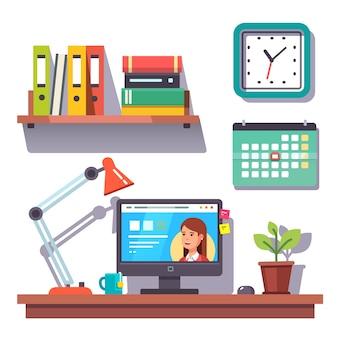 Mural do escritório doméstico com um calendário