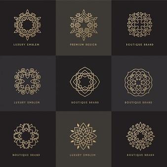 Nove quadros ornamentais de ouro
