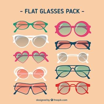 Óculos embalar em design plano
