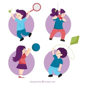 Pacote de crianças que jogam esportes diferentes